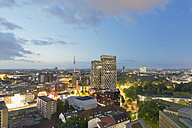 Germany, Hamburg, Cityscape at night with TV tower and Dancing Towers - MSF003987