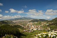 Spain, Canary Islands, Tenerife, San Cristobal de La Laguna, Pico del Teide in the background - WGF000307