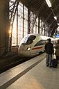 Germany, Hamburg, people standing at platform of station Dammtor - TK000355