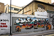 England, London, Shoreditch, Christina Street, graffiti of the artists ROA, Fake Blood and Amigo - WE000118