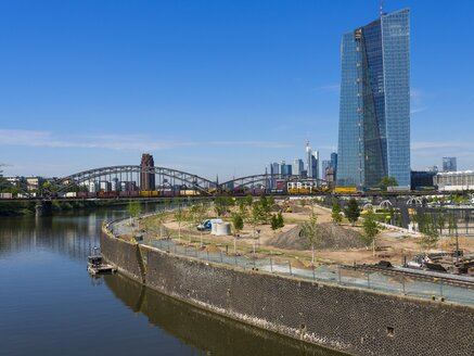 Germany, Hesse, Frankfurt, Deutschherrn Bridge, European Central Bank Headquarters, Financial district in the background - AMF002295