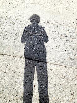 Shadow on a concrete floor, Hamburg, Germany - BMA000049