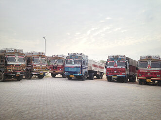 Buses in Rajasthan, India - BMA000029
