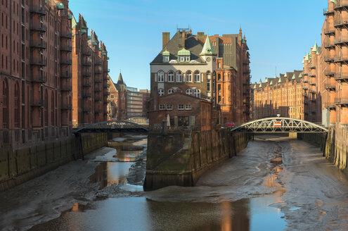 Germany,Hamburg, Old warehouse district Speicherstadt - RJ000181