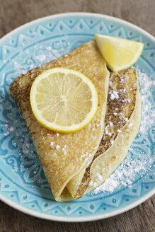 Sugar powdered pancakes with lemon - HAWF000284