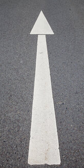 Road marking, Arrow - WIF000769