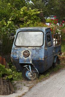 Greece, Ionic Islands, Corfu, old three wheel truck - AJF000058
