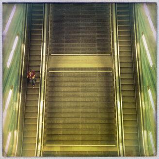 Stairs and escalator, subway station, HafenCity, Hamburg, Germany - SE000712