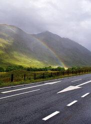 United Kingdom, Scotland, Highlands, Rainbow - LYF000068