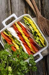 Preparing vegetarian vegetable casserole - ODF000739