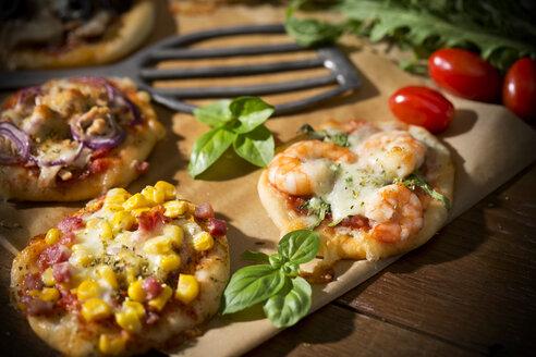 Home made mini pizzas - MAEF008496
