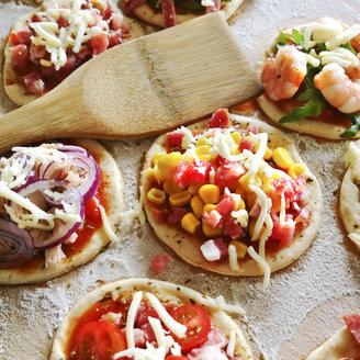 Mini-pizzas, finger food - MAEF008502
