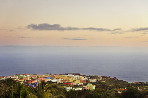 Spain, Canary Islands, La Palma, view to Barlovento at twilight - SEF000743