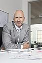 Germany, Munich, Businessman in office - RBYF000600