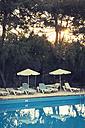 Greece, Crete, swimming pool and sun loungers - MEM000237