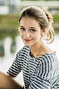 Portrait of happy teenage girl - UUF001022