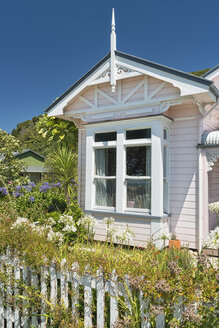 New Zealand, Golden Bay, Collingwood, old colonial style villa - SHF001473