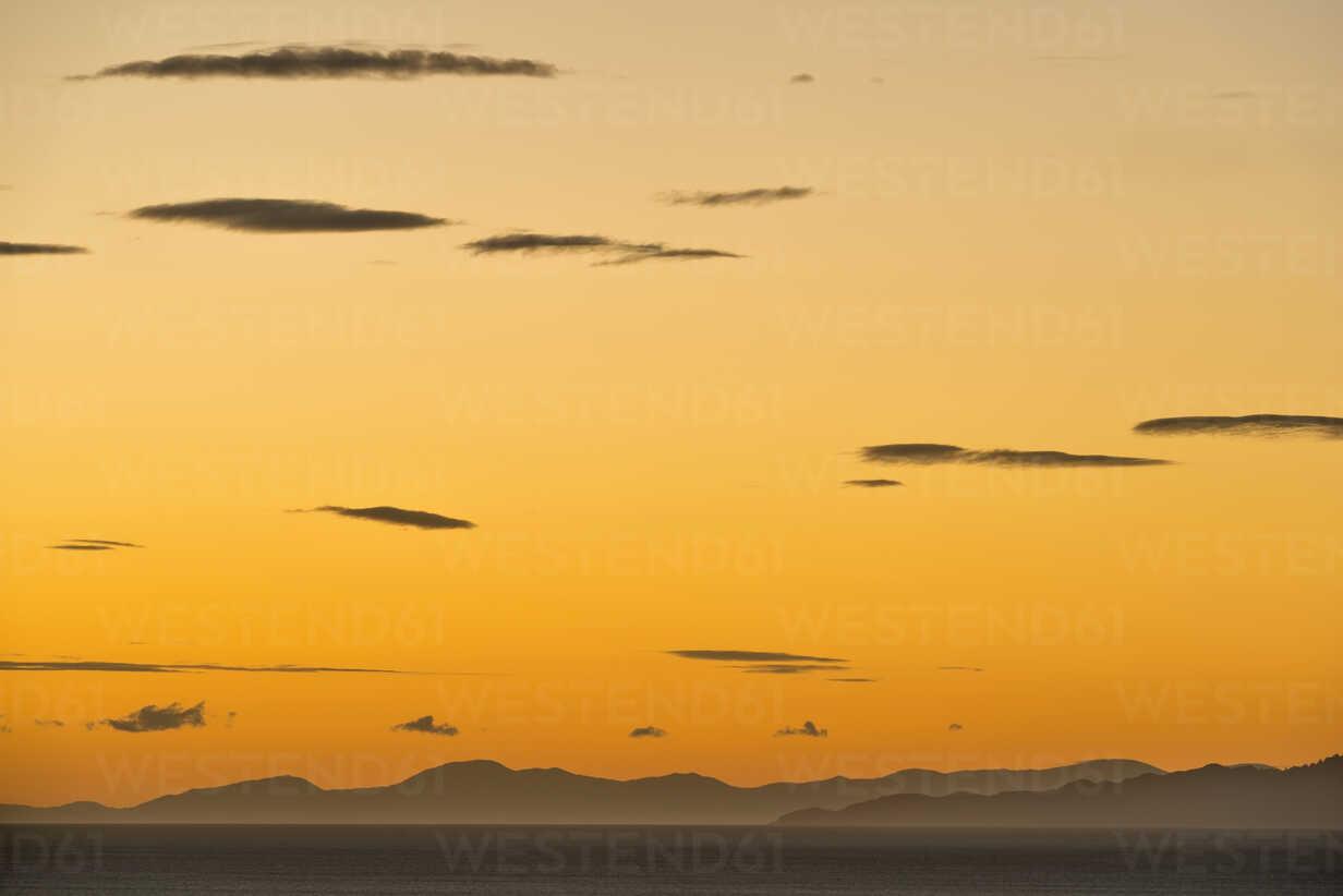 New Zealand, Golden Bay, Puponga, dusk in Golden Bay - SHF001481 - Holger Spiering/Westend61