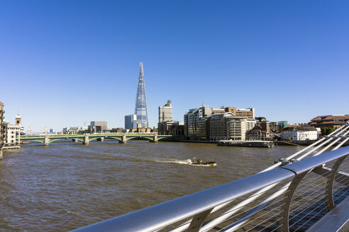England, London, Southwark, view to 'The Shard' at More London Riverside - WEF000167