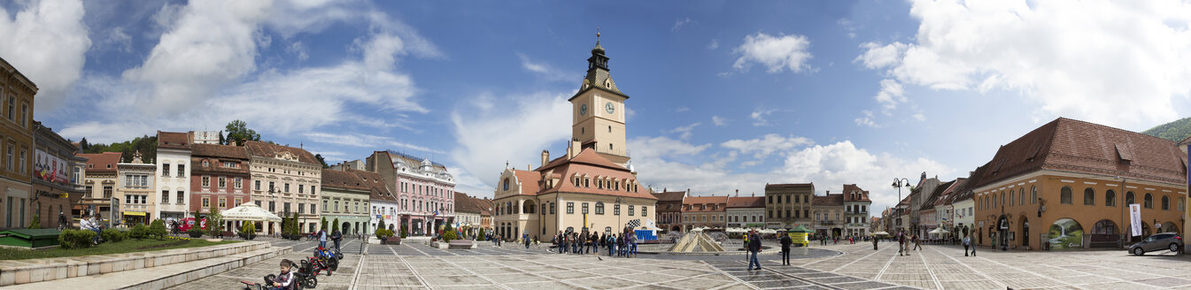 Rumania, Brasov, City center with town hall - MAB000232