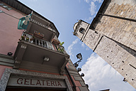 Italy, Lombardy, Province Como, Bellagio, Gelateria and Clock tower - PAF000720