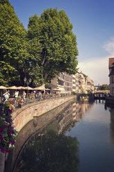 France, Strasbourg, River Ill in district Petite France at Place Benjamin Zix - MEMF000259