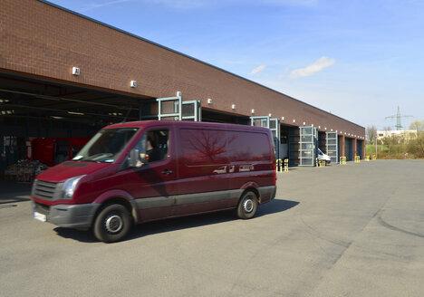 Van at warehouse - SCH000374