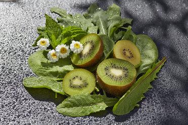 Ingredients of green smoothie - AKF000407