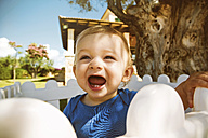 Male baby with open mouth outdoors - GDF000347