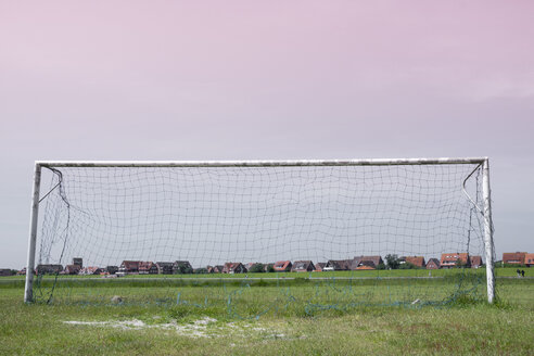 Germany, Lower Saxony, Baltrum, view to soccer goal - WI000886