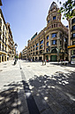Spain, Barcelona, shopping mile in district Barri Gotic - THAF000584