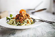 Zoodles, Spaghetti made from Zucchini, with bolognese sauce - SBDF001016
