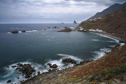 Spain, Canary Islands, Tenerife, View of Roque de las Bodegas on the north coast - RJ000216