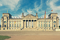 Germany, Berlin, view to Reichstag at sunlight - MEMF000360
