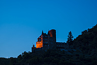 Germany, Rhineland-Palatinate, Sankt Goarshausen, Katz Castle, Blue hour - WGF000382