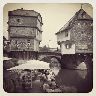 Germany, Rhineland-Palatinate, Bad Kreuznach, old town, historical bridge houses - GW003069
