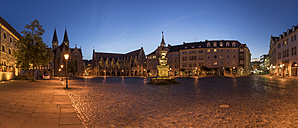 Germany, Lower Saxony, Braunschweig, Old town market square in the evening - PVCF000065
