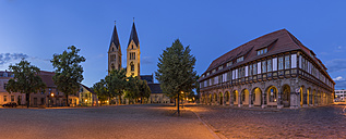 Germany, Saxony-Anhalt, Halberstadt, view to lighted Halberstadt Cathedral at twilight - PVCF000062