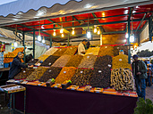 Africa, Morocco, Marrakech, Market stall at Market place Djemaa el-Fna - AM002613