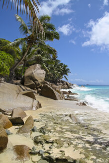 Seychelles, La Digue Island, View of the Anse Patate beach - KRP000739