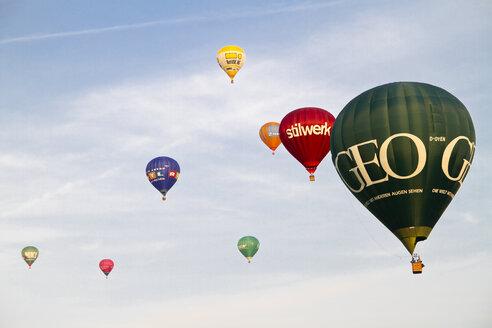Germany, Hamburg, Hot Air Balloons at 100 year festival of the Hamburg Airport - KRP000787
