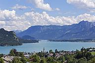 Austria, Salzkammergut, Salzburg State, Lake Wolfgangsee, St. Gilgen - SIEF005761