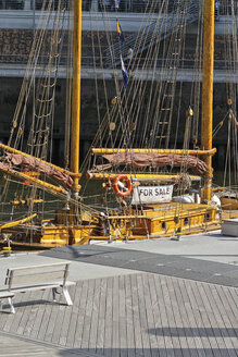 Germany, Hamburg, sailing ship for sale - KRPF000925