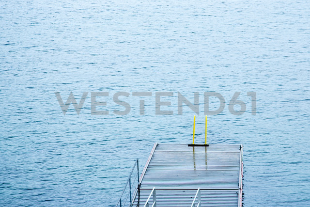 Norway, jetty at water - NGF000220 - Nadine Ginzel/Westend61