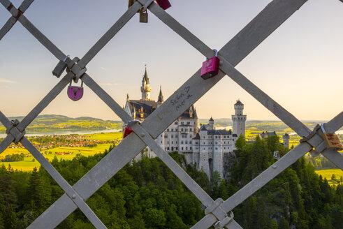 Germany, Bavaria, Swabia, Allgaeu, East Allgaeu, Schwangau, Hohenschangau, Neuschwanstein Castle, Love locks on a fence - WG000417