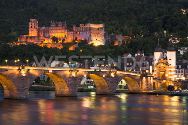 Germany, Baden-Wuerttemberg, Heidelberg, View to Old town, Old bridge and Heidelberg Castle in the evening - PU000010