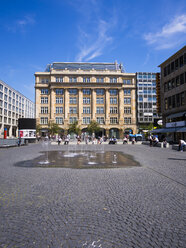 Germany, Hesse, Frankfurt, buildings at Goetheplatz and Rossmarkt - AM002686
