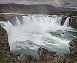 Iceland, Pingeyjarsveit, Godafoss Waterfall - MKFF000070