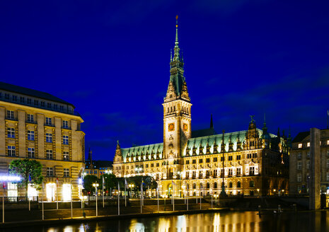 Germany, Hamburg, View of Town Hall and Inner Alster Lake at night - KRPF001013