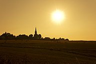 Germany, North Rhine-Westphalia, Bad Muenstereifel, Effelsberg at sunset - CSF022721